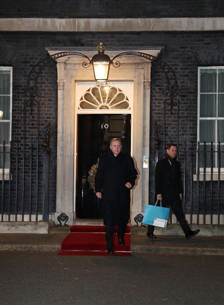 Londra'da kritik 'Dörtlü Zirve' sona erdi
