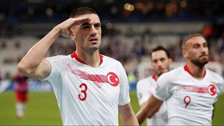 Başarılı stoper Merih Demiral yapılan araştırmaya göre 17 futbolcu arasında yüzde 27,9luk oranla en çok beğenilen futbolcu oldu.