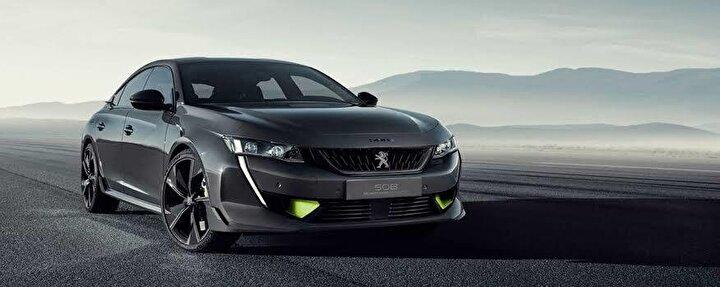 Peugeot     Peugeot, sınırlı sayıda cam tavanlı 208 Signature 1.5 BlueHDi dizel düz vites modelini hurda teşvikiyle 106 bin 900 liradan başlayan fiyatlardan satıyor.  208, 2008 ve 301 modelleriyle Rifter düz vitesli versiyonunda 26 bin lira, 12 ay vade ve yüzde sıfır faiz, 3008 ve 5008 modelleriyle Rifter otomatik vitesli versiyonunda 40 bin lira, 12 ay vade ve yüzde sıfır faiz ve Partner Van, Boxer Van ve Expert Van modellerinde ise 45 bin lira 15 ay taksit ve yüzde sıfır faizli kampanyaları yıl sonunda tamamlanacak.