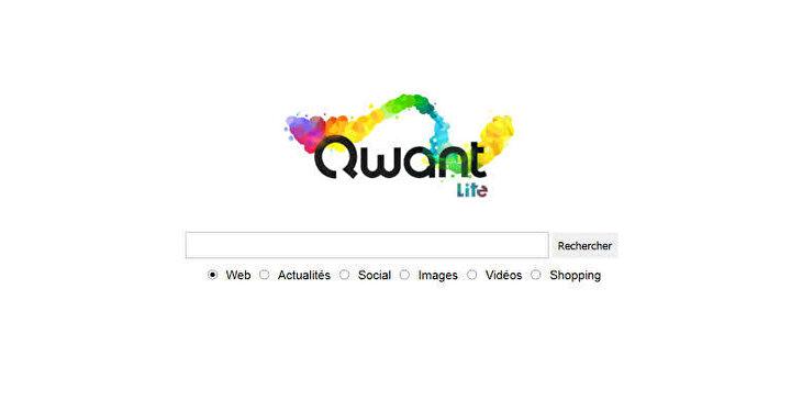 """Qwant, Fransa merkezli bir başka gizlilik odaklı arama motorudur. Web sitesi, aramalarınızı asla kaydetmediğinizi veya reklam hedefleme için kişisel verilerinizi toplamadığınızı iddia eder.   Gizlilik odaklı bir arama sitesi olan Qwant, DuckDuckGo'ya benzer pek çok özelliği barındırıyor. Bunlardan biri, tıpkı """"bangs"""" özelliğine benzeyen """"Qwick Arama Kısayolları"""" olarak adlandırılıyor.   Kullanıcı arayüzü oldukça hoş ve trend konularının yanı sıra ana sayfasında yer alan haberleri de organize bir şekilde göstermektedir. Aradığınız herhangi bir terim üç kategoride görüntülenecektir: Web, Haber ve Sosyal. Bu iyi sınıflandırılmış arama sonucu, sorgunuzu daha verimli bir şekilde yerine getirir.   Müzik tutkunları için, bu site yapay zeka yardımıyla yeni müzik ve şarkı sözleri keşfedebileceğiniz özel bir bölüme sahip. Google alternatifi sizi takip etmediğinden kişiselleştirilmiş bir deneyim sunmayabilir, ancak bugünlerde birçok kullanıcı aşırı kişiselleştirmeden gelen """"filtre balonundan"""" kaçmayı tercih ediyor, Qwant canlandırıcı bir deneyim sunabilir."""