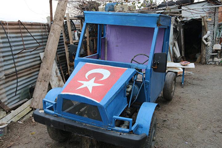 Elazığda şehit babası, mini kamyonet yaptı