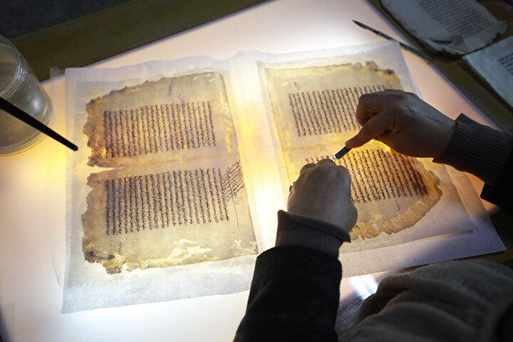 İsrailin Yisrael Hume gazetesinde yer alan bir haberde, Türkiye, Filistinlilere arşivi vererek, İsrail işgalini kanıtlamalarına yardım ediyor ifadelerine yer verildi.