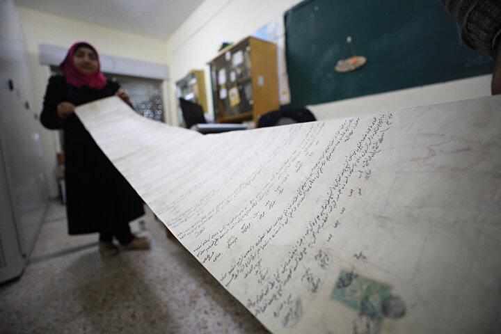 Sabah, Osmanlıca olması nedeniyle Filistinli uzmanların belgeleri tercüme etme sürecinin de sürdüğünü kaydetti.