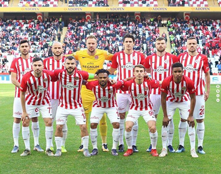 15- Antalyaspor (Puan: 33)