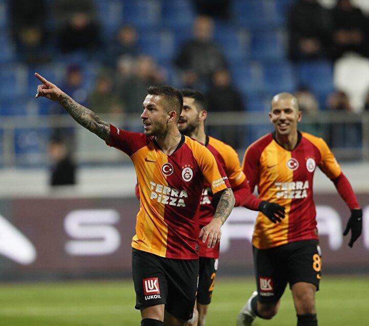 Adem Büyük (Galatasaray): 9 puan