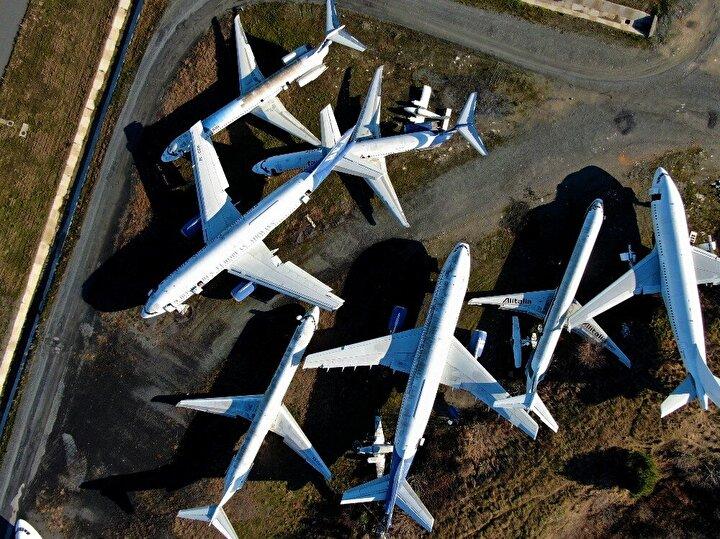 İstanbul Havalimanı'nın açılmasıyla 4 Nisan 2019'da sivil uçuşa kapatılan Atatürk Havalimanı apronunda bulunan uçuş ömrünü tamamlamış, hacizli ve hurda uçaklar çürümeye terk edilmişti. Sivil Havacılık Genel Müdürlüğü Tarafından terk edilen uçakların sahipleri tarafından alınması için tanınan 30 günlük süre ağustos 2019 sonu itibariyle dolmuştu. Ekim 2019 tarihinde havalimanında 17 sahipsiz uçaktan 1 tanesinin sahibi başvuruda bulundu.