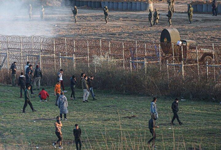 Sığınmacılar, Avrupaya gitmek için Yunanistan sınırında 14 gündür bekliyor.