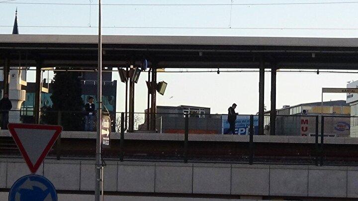 Koronavirüs tedbirleri nedeniyle boş kalan Marmaray istasyonu drone ile görüntülendi.
