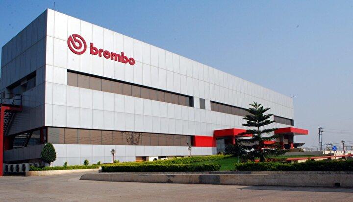 Otomobil fren mekanizması üreticisi Brembo ise İtalya'daki 4 fabrikasındaki üretimini durdurdu. Bir diğer yedek parça tedarikçisi Magnetti Marelli de üretime 3 gün ara verdi.