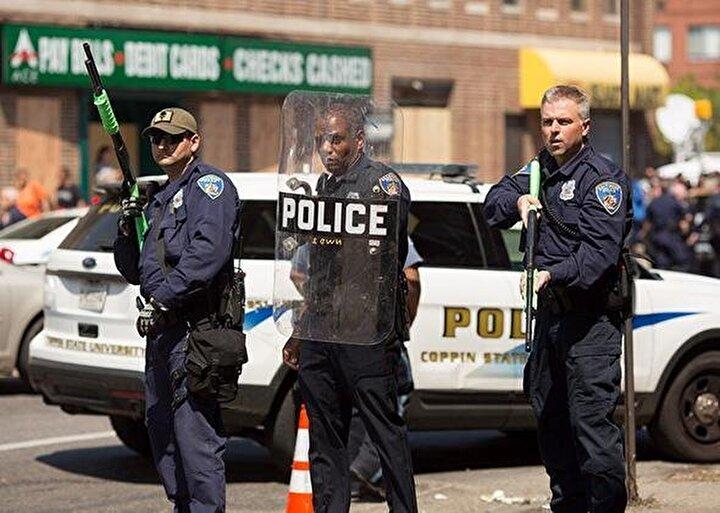 Belediye Başkanı Jack Youngın bu son açıklaması da salı akşamı yaşanan ve 7 kişinin yaralandığı silahlı saldırının ardından geldi.