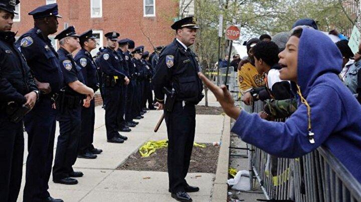 Baltimore 300 binden fazla nüfusa sahip şehirler arasında en 50 tehlikeli şehir arasında yer alıyor.