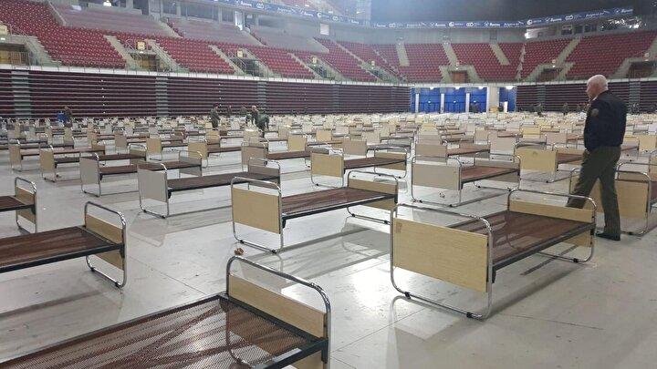 Ayrıca Borisov, Silahlı Kuvvetler Genel Kurmay Başkan Yardımcısı Emil Eftimov'un, başka şehirlerde de benzer tatbikatların yapılması için hazırlıkların yapıldığını belirttiğini duyurdu. Devlet Rezervi ve Savunma Bakanlığı'nda 15 bin yatak olduğu açıklandı.