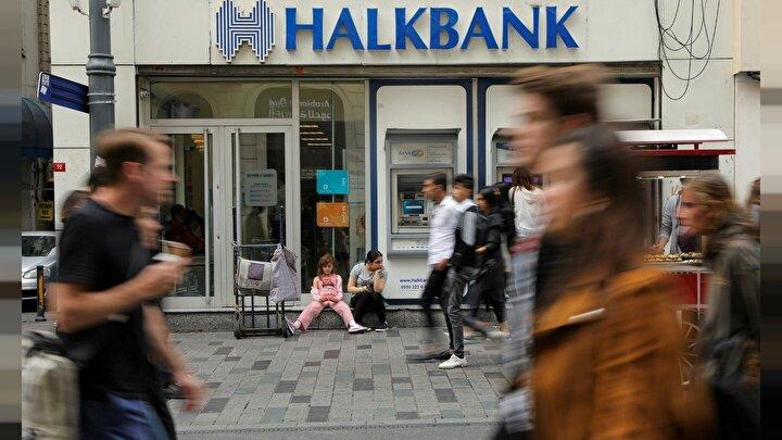 """Halkbank, finansal istikrarın korunması, işletmelerin desteklenmesi, istihdamın muhafaza edilmesi ve hane ekonomilerinin devamlılığının sağlanması için alınan """"Finansal İstikrar Kalkanı"""" kapsamında aldığı önlemleri açıkladı."""