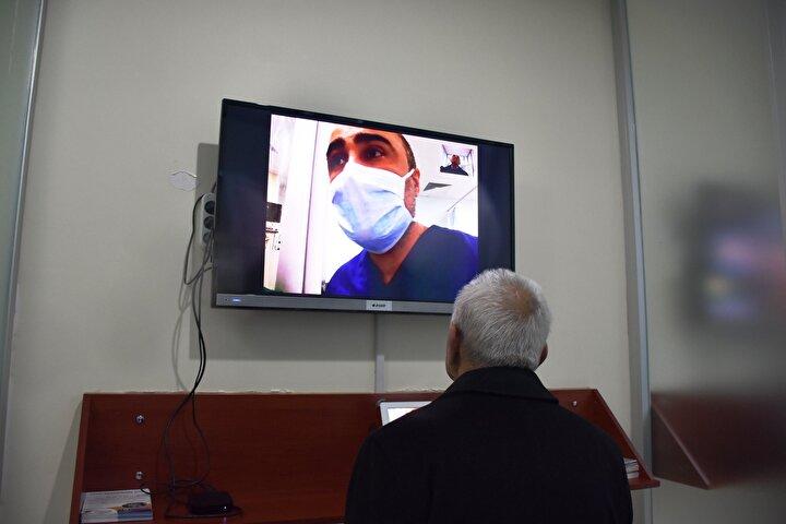 Sağlık Bakanlığı tarafından genişletilen tedbirler kapsamında, hastanelerin yoğun bakım ve palyatif bakım servislerinde yatan hastalar için ziyaretler yasaklandı.