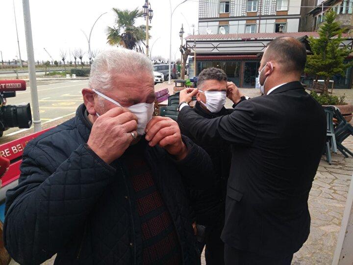 Kenevir ipliğiyle dokunan kumaştan maske üretimi