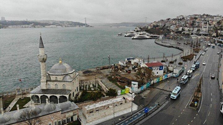 Sağlık Bakanı Fahrettin Kocanın evden çıkmayın uyarıları sonrası İstanbullular önlem amaçlı evlerinden çıkmazken, birçok turistik bölge de ıssız kaldı.