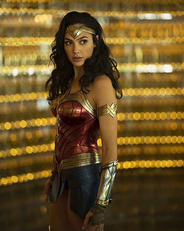 Wonder Woman 1984 - Orjinal vizyon tarihi: 5 Temmuz 2020 - Yeni vizyon tarihi: 14 Ağustos 2020