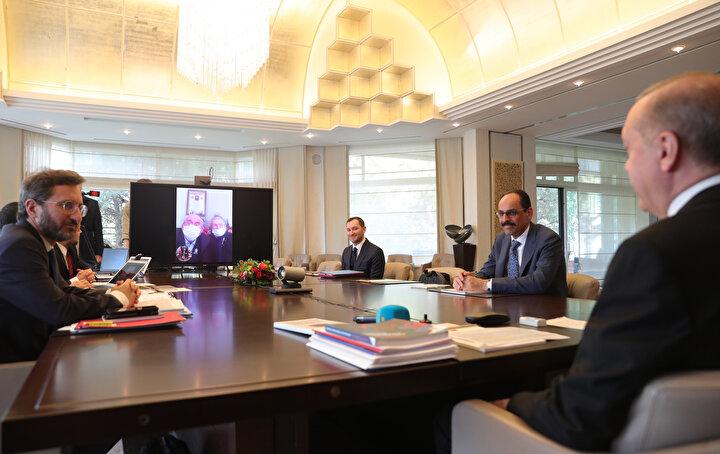 Erdoğanın görüşme yaptığı ailelerin arasında bir de şehit ailesinin bulunduğu öğrenildi.
