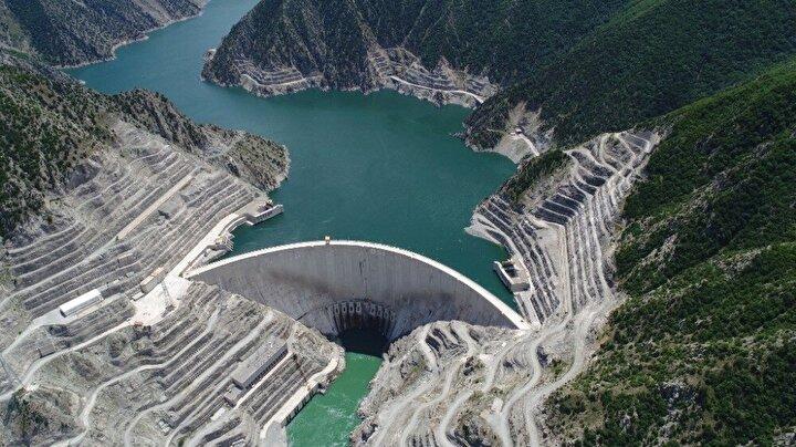 Eylül 1999'da inşaatına başlanan ve 29 Haziran 2005 tarihinde hizmete açılan, temelden yüksekliği 49 m olan Muratlı Barajının kurulu gücü 115 MW olup ortalama yıllık enerji üretim miktarı ise 444 milyon kWh.
