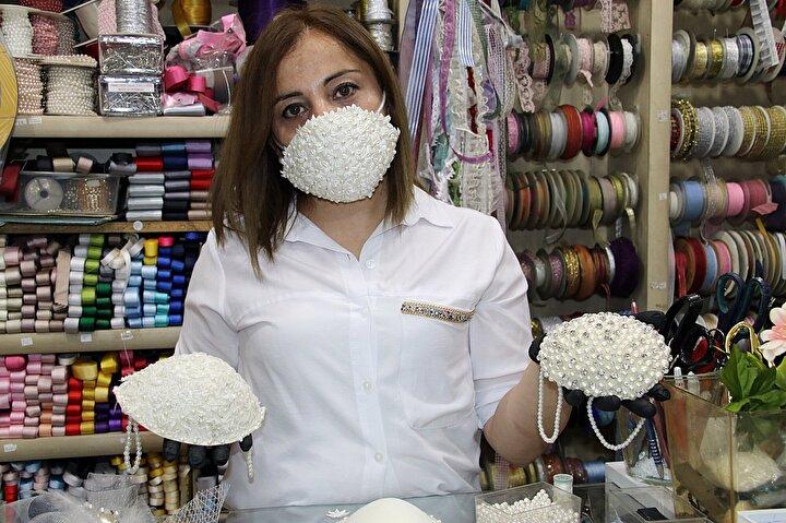 Maskeleri sosyal medya hesaplarından paylaşan Nagehan Şatır, sipariş patlaması yaşadı.