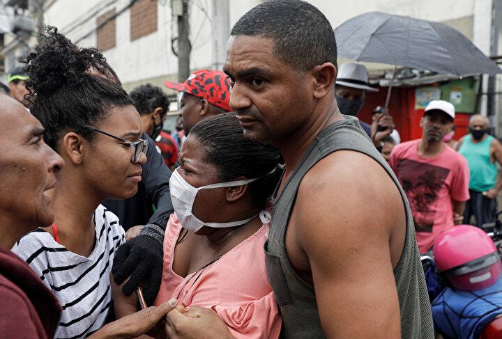 Brezilyada polis uyuşturucu çetelerine karşı operasyon düzenledi.