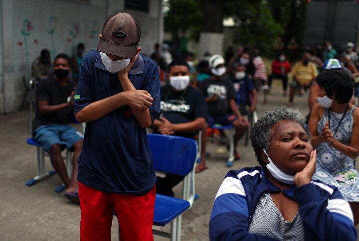 Brezilya 241 bin 80 vaka ile dünyada en çok koronavirüs vakasının görüldüğü 4. ülke.