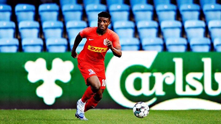 Ganalı oyuncuyu kadrosuna katmak isteyen birçok ekip bulunuyor.