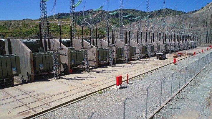 Tarım ve Orman Bakanı Bekir Pakdemirli, Türkiye'nin 70 yıllık rüyası olan ve Cumhurbaşkanı Recep Tayyip Erdoğan tarafından 2008 yılında temeli atılan Ilısu Barajı ve Hidroelektrik Santrali'nde elektrik üretiminin başlayacağını müjdeledi.