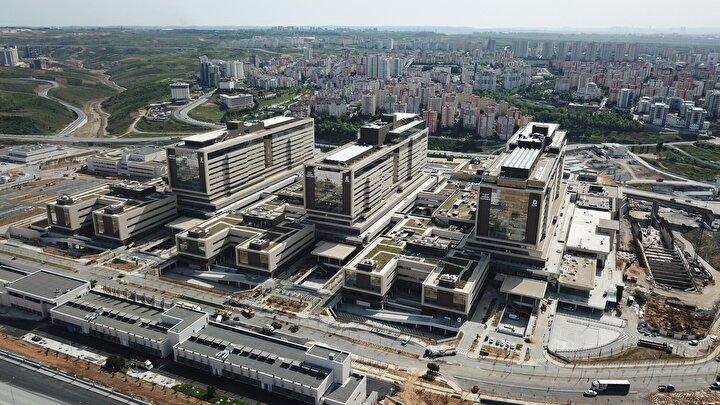 Cumhurbaşkanı Erdoğan açıklamasında hastanenin açılışına Japonya Başbakanı Shinzo Abenin de katılacağını belirtti.