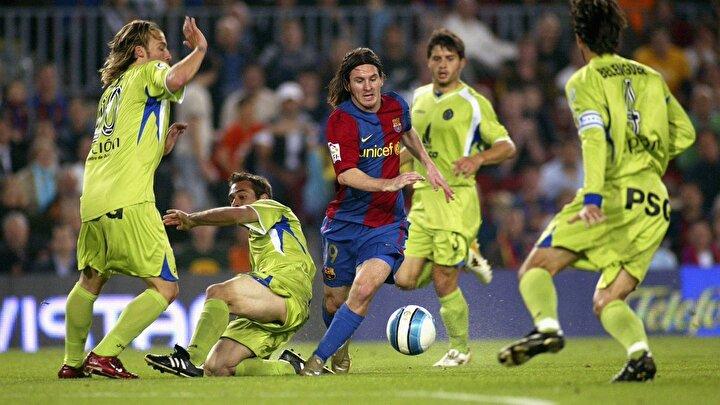 Hollandalı teknik adamın Messiden faydalanmak istediği ve kiralık gitmesini önlediğini belirten Torres, Messi şu anda belki de çok farklı bir kariyer sürdürüyordu dedi.