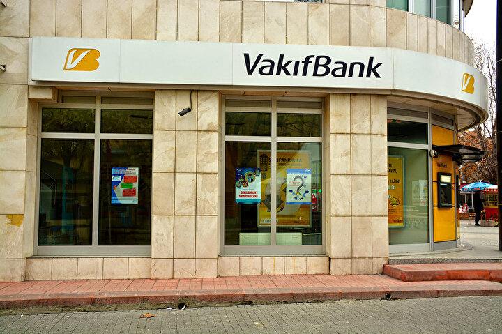 VakıfBank, başlattığı Bayram Kredisi kampanyası kapsamında, tüm bireysel segmentli müşterilerine 3 ay ödemesiz kredi imkanı sunacak.