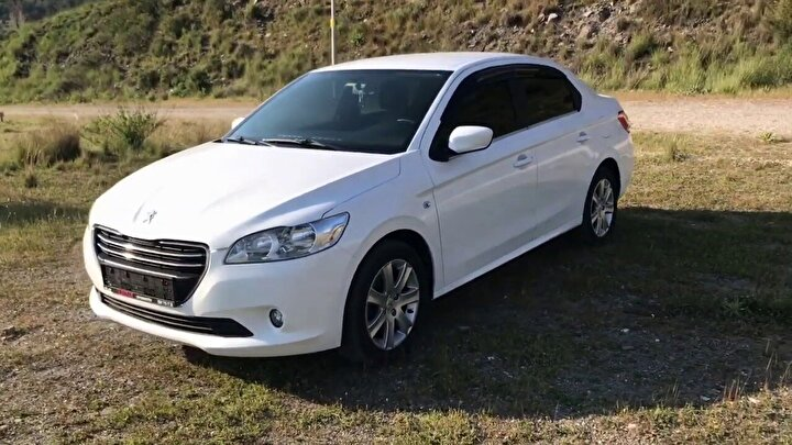 Peugeot 301 1.6 HDI 2016 (Active)