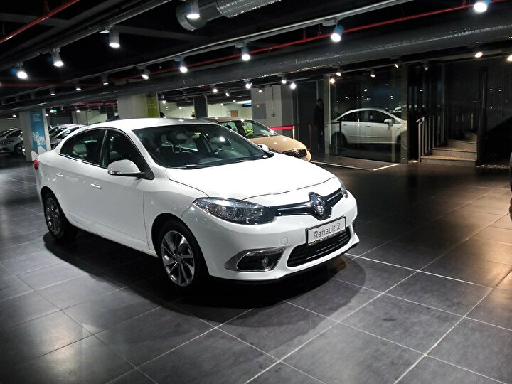 Renault Fluence 1.5 DCI 2015 (Touch 110 HP)