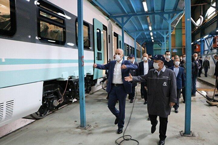 Türkiye Vagon Sanayisi Anonim Şirketinde (TÜVASAŞ) üretilen milli elektrikli tren seti maksimum hızı 160 kilometreye ulaşıyor. Sakarya'da üretilen Milli Tren Seti'nden ilk etapta 3 adeti raylara inecek ancak devamında TÜVASAŞ 56 hızlı tren seti üretecek.