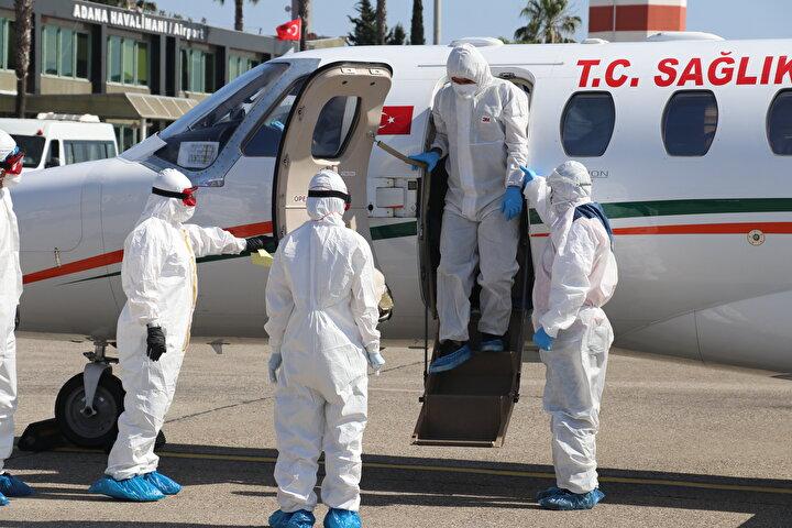Kovid-19 hastası Türk vatandaşı, ambulans uçakla Rusyadan yurda getirildi