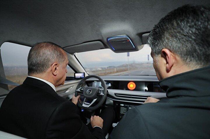 Cumhurbaşkanı Erdoğan, Gebzedeki Bilişim Vadisinde, yerli otomobilin tanıtımında yaptığı açıklamayla fabrikanın, Gemlik ilçesi Hara bölgesinde bulunan, TSKya ait araziye kurulacağını açıkladı.