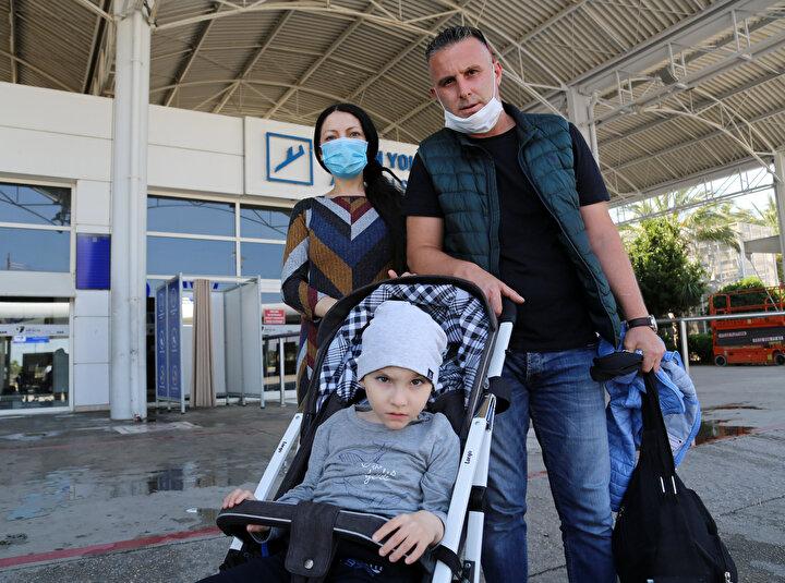 Baba Devrim Güldikenin yardım isteği üzerine Dışişleri Bakanlığı ve Moskova Büyükelçiliği ile Sağlık Bakanlığının girişimleriyle, tedavi için Türkiyeye getirildi.