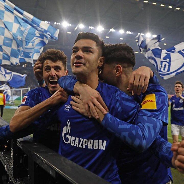 Bundesligada Schalke 04 forması giyen 20 yaşındaki milli futbolcumuz Ozan Kabak, listede kendine yer bulan tek Türk futbolcu oldu.