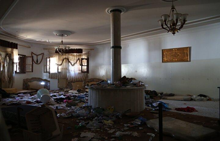 Erzurumlu, TSKnın bölgedeki mayın ve patlayıcıları temizleme çalışmalarına ilişkin şunları söyledi: Dün (TSKnın uzman ekipleri) gelip sokağı, benim evimin arkasını, buraları temizlediler. Burada dün (mayın temizleme) patlamalar vardı. Ama şimdi durum iyi...
