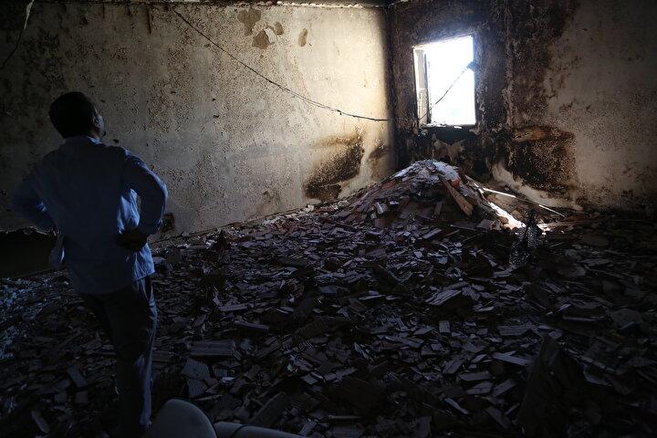 Libya hükümeti, Hafter milislerinin uluslararası anlaşmaların yasakladığı mühimmatları sivil yerleşim bölgelerine tuzakladığını ve emrindeki milislerin savaş suçlarından yargılanması gerektiğini söylüyor.
