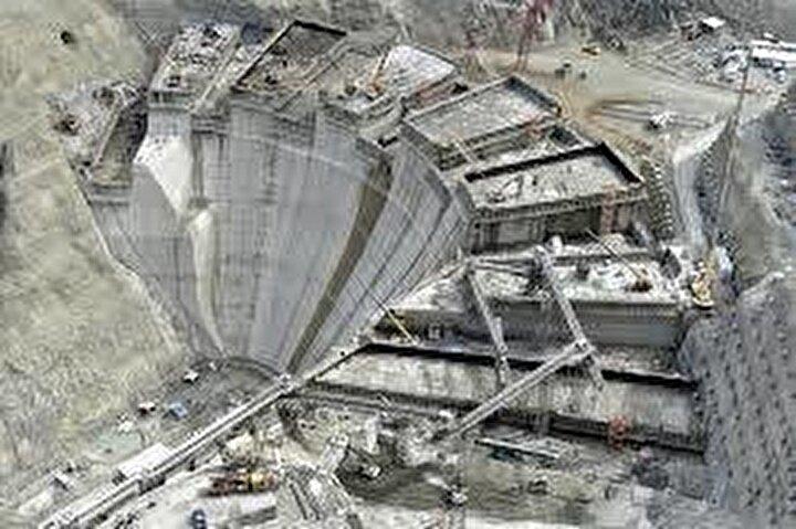 558 megavat gücündeki santrali ile yıllık bir milyar 888 milyon kilovatsaat enerji üretecek.