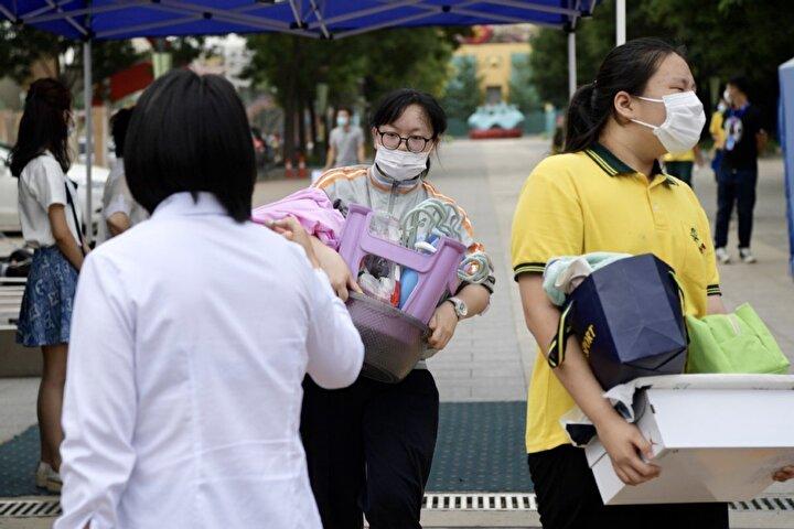 Ulusal Sağlık Komisyonu, gün içinde ülkedeki 40 vakadan 27sinin Pekinde görüldüğünü açıklamıştı.