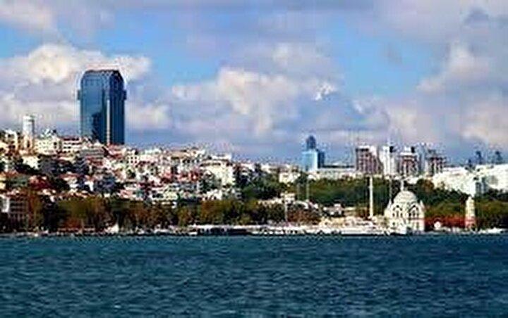 Konut satış oranları Beşiktaşta yüzde 9,57, Kartalda yüzde 8,32, Üsküdarda yüzde 5,25, Esenlerde yüzde 5,2, Başakşehirde yüzde 5,09, Avcılarda yüzde 4,7, Sultanbeylide yüzde 2,58, Arnavutköyde yüzde 1,13, Güngörende yüzde 0,27 azaldı.