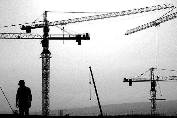 1915 Çanakkale Köprüsü'nün Cumhuriyet'in kuruluşunun 100'üncü yılını temsilen orta açıklığının 2023 metre olması planlanıyor.