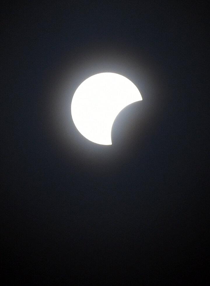 21 Haziranda gerçekleşen Ateş Çemberi Güneş tutulması sürecinde Ay Güneşin yaklaşık yüzde 99unu kapladı.