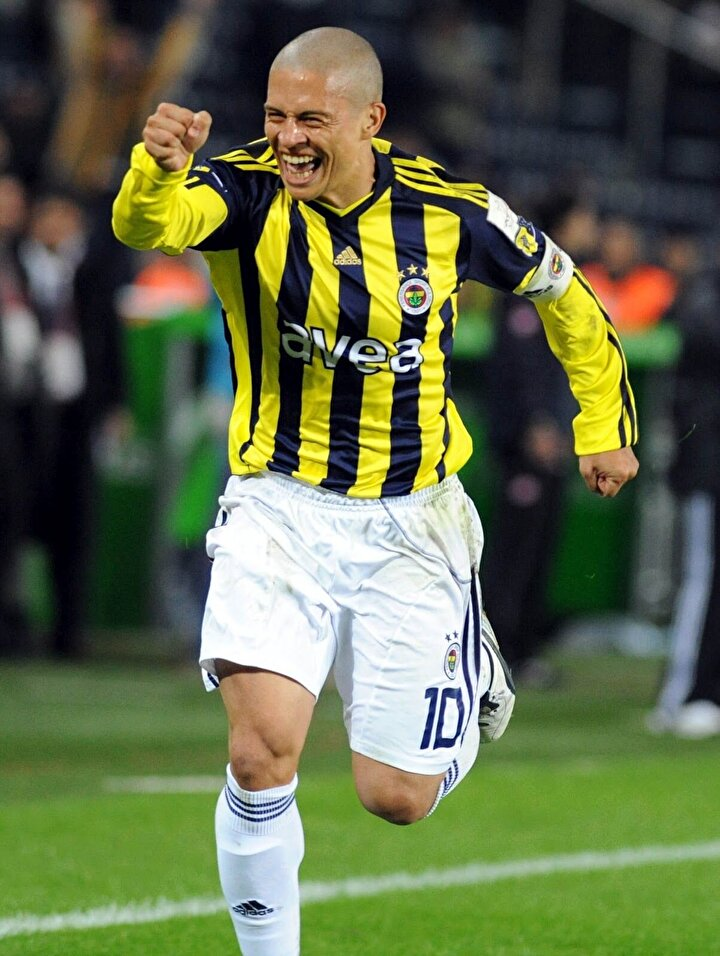 Emre Tilev: Alex, Alex, Alex... 100 kere Alex, bin kere Alex, golün ismi Alex. Fişi çeken Alex (Fenerbahçe-Anderlecht maçı)