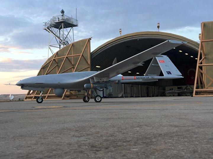 Dünya havacılık ve savunma sektörü tarafından ilgiyle takip edilen Bayraktar TB2 SİHA sisteminin başarısı, Cumhuriyet tarihinde ilk kez gelişmiş bir hava aracı ihracatı yapılmasına da kapı araladı. Böylelikle Türk savunma sanayisinin en önemli adımlarından biri atıldı.