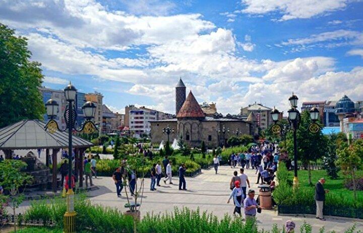 Erzurum- Şehrin mutluluk düzeyi: Yüzde 65,68