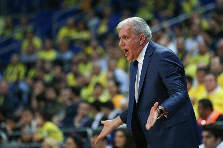 Zeljko Obradovic, Fenerbahçede görev yaptığı 7 sezonda sarı-lacivertlileri Avrupanın önemli takımları arasına soktu. Fenerbahçenin Avrupa basketbolundaki yükselişi 2013 yılında başantrenörlüğe Zeljko Obradovicin gelmesiyle başladı.