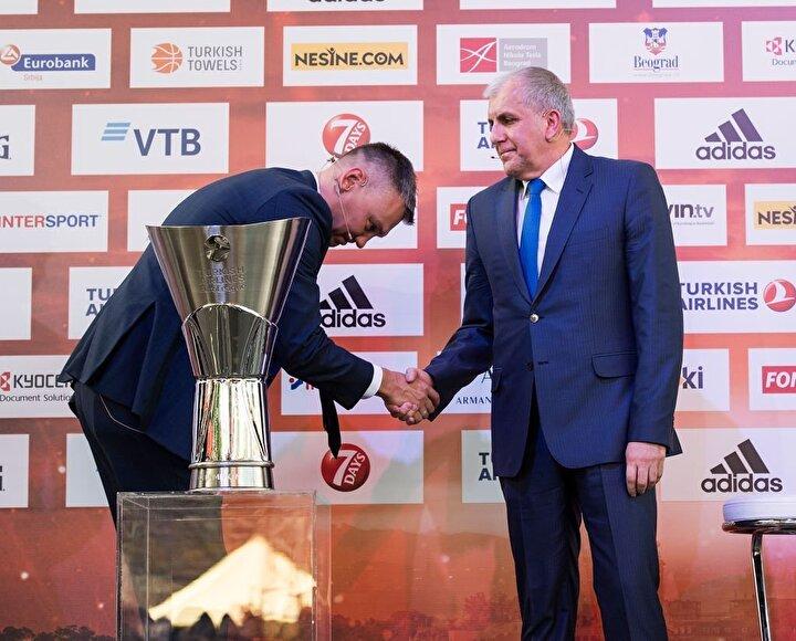 Kariyerinde 18 kez Dörtlü Final heyecanı yaşayan Obradovic, 12 kez takımlarını finale çıkardı. Obradovic, bu finallerin ise sadece 3ünü kaybetti. Sırp başantrenör 2001 yılında Panathinaikos, 2016 ve 2018 senelerinde de Fenerbahçeyle final kaybetmenin üzüntüsünü yaşadı.